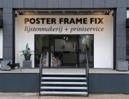 PosterFrameFix